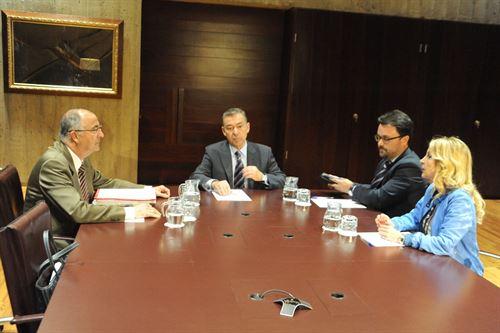 Spínola y Rivero, con la delegación del PP